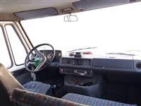 Mercedes310D