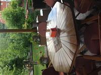 Shitet Tavolina e drurit me 6 karrige