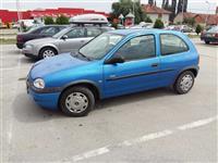 Opel Corsa 1.0b -00