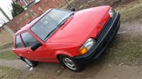 Shes veturen Ford Escort 250Euro