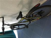 shes bicikleten ngjendje t'rregullt