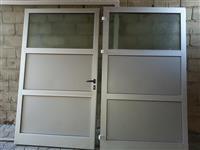 Shiten dyert për  Garazh