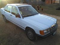 Mercedes 190 1 vit regjistrim