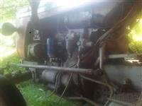 shes traktorin URSUS-C335 dhe kombajnin (vershalic