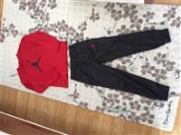 Shes garderoben per djem Jordans origjinal