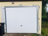 shitet dera per garazhd