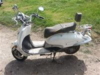 Motociklet Skuter