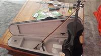 Shes Violinen  e re