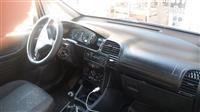 Opel Zafira 2.o