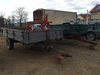 Traktora rakovica dhe frugusann dhe rimorka
