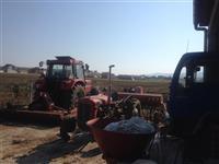 Traktori shum negjendje tmir
