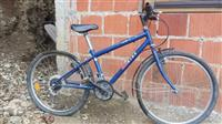 Shes 3 biciklla