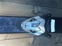 Skija