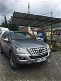 Mercedes-Benz ML 350...140 mij km.2010