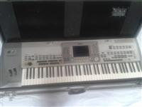 Yamaha pro 9000