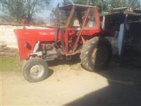 shitet traktori ne gjendje shum te mir