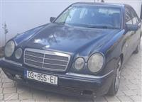 Mercedes E210