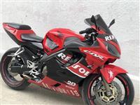 Motorr Honda 2004 600Rrr
