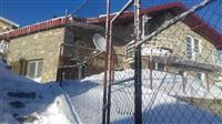 Villë, vikend shtëpizë në Kodren e Diellit, Tetovë