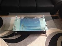 Tavolina e pa perdorur