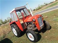 Shitet traktori IMT539  me kabin