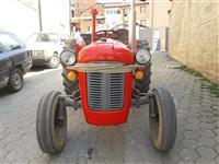 Traktor ne gjendje perfekte 539