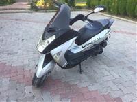 Shitet Grand Skuter 150 cc 2009
