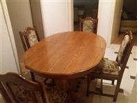 Tavoline kuzhine nga druri (si e re)