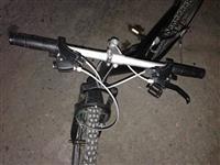 Bicikleta në gjendje të shkelqyer