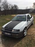 Shes ose Ndrroj Opel Vectra 2.0 Plin / Benzin