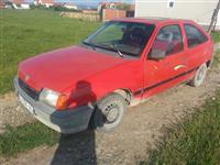 Opel kadett 1.3 benzin Denim 1 muj
