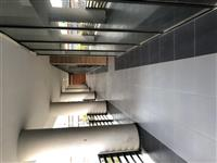 Shitet Lokali te Sh. F Pavarsia 200m2, 1300 € m2