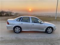Opel Vectra B 2.2