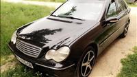 Mercedes-Benz C320 -13