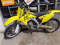 Kros Suzuki 250cc