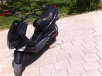 Peugeot speedfight 1 50cc)