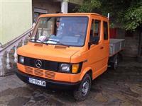 Mercedes 207
