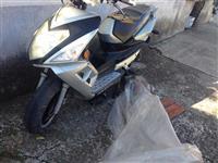 Shitet motorri me defekt