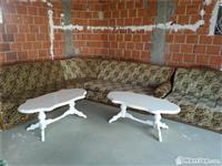 Kolltuqe kompet dhe dy tavolina