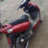 Motor skuter 150 kubik