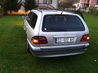 Mercedes 220 e klas