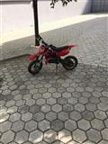 shitet motokros per femi