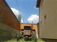 Traktor univesal 45
