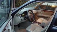Shitet Mercedesi E 280 4matic/ viti 2002