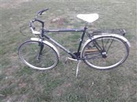 Shes bicikleten ngjendje shum tmir