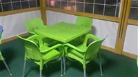 Karrika me tavolin plastike shum te mira