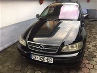 Shitet Opel Omega