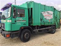 Kamion per bartjen e mbeturinav Man 18-232