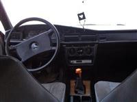Urgjent shitet Mercedes 190D
