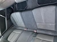 Peugeot 407sw 2.0 hdi 6shpejtsi manual.